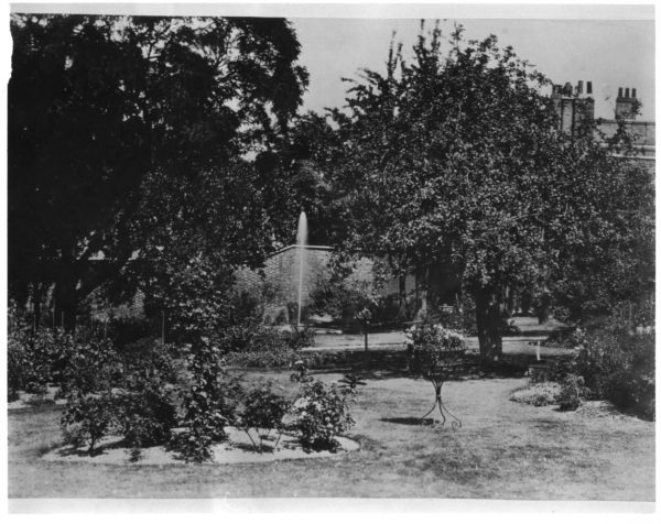 Commissioners Garden